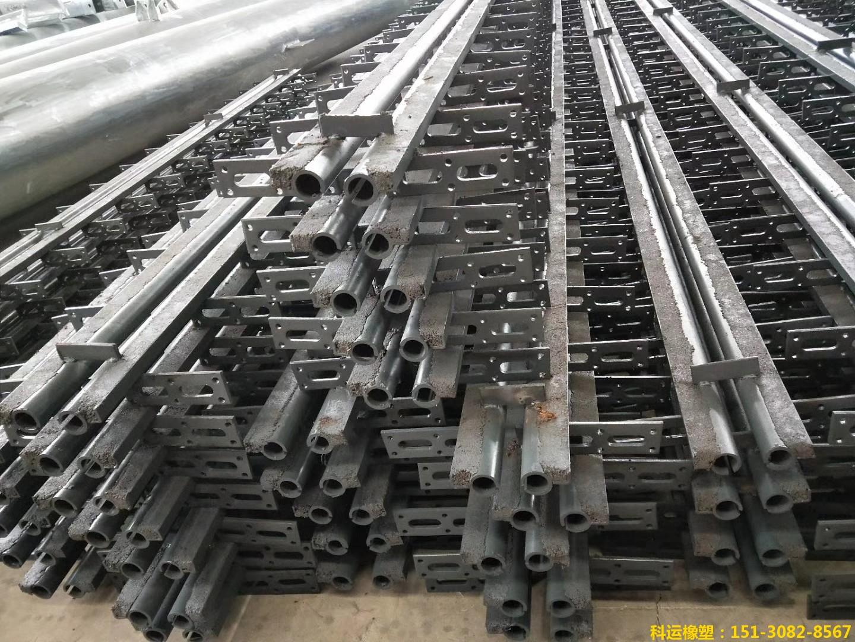 FSS40、60、80型钢管浅槽锚固桥梁伸缩缝2