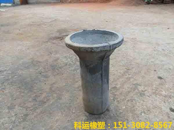圆形铸铁泄水管2