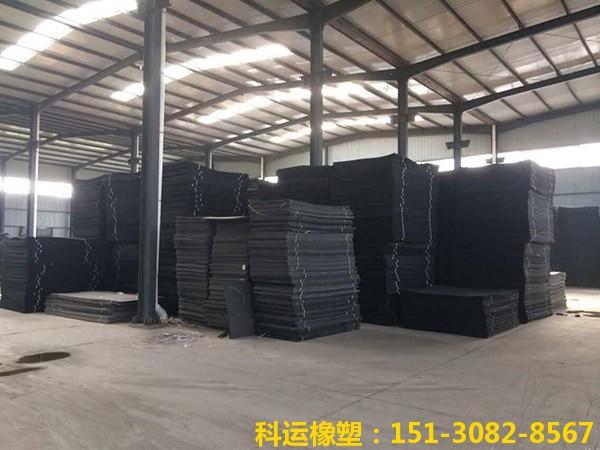 L600型黑色聚乙烯闭孔泡沫板2