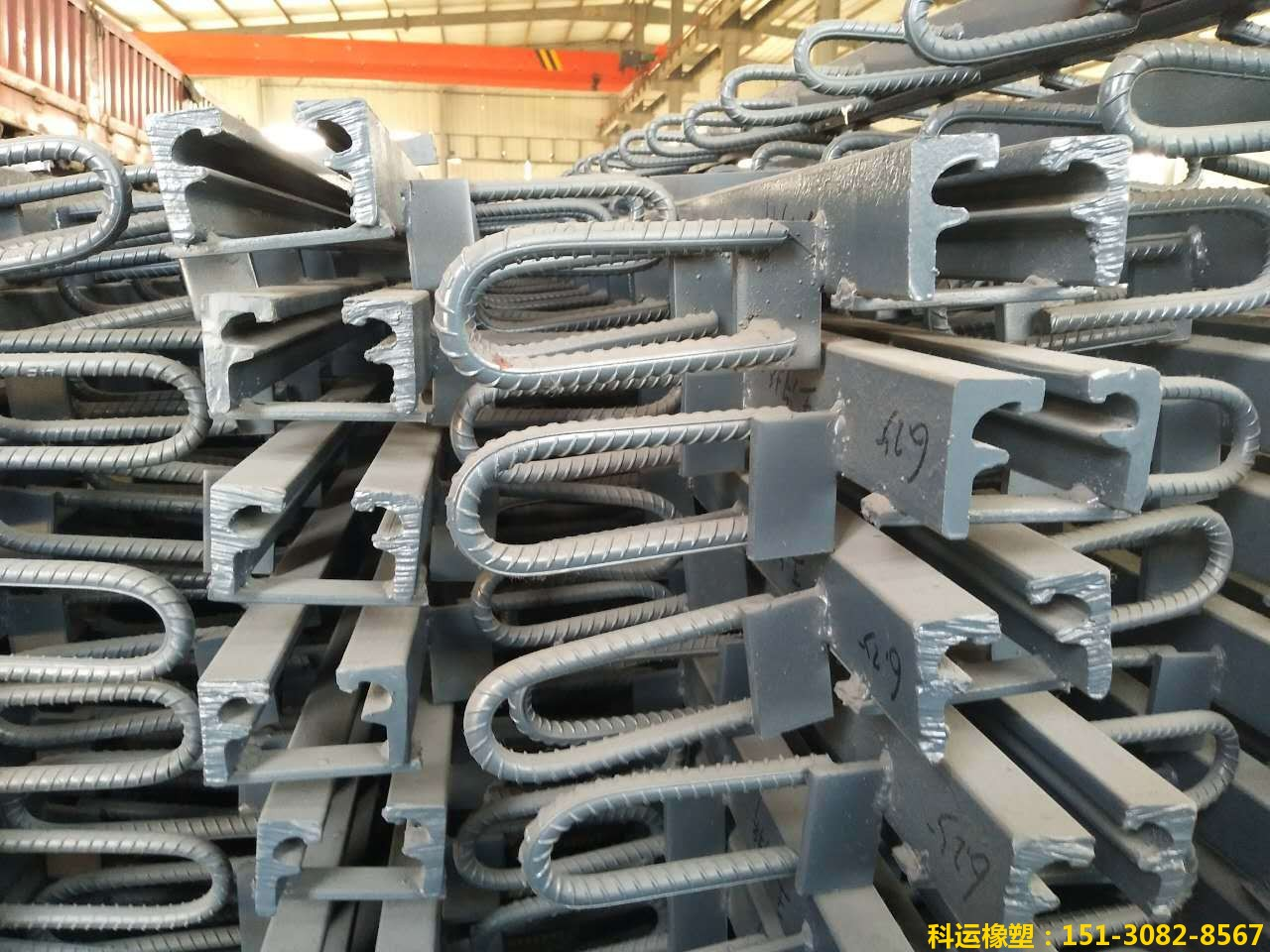 GQF-F80型桥梁伸缩缝装置安装养护步骤1