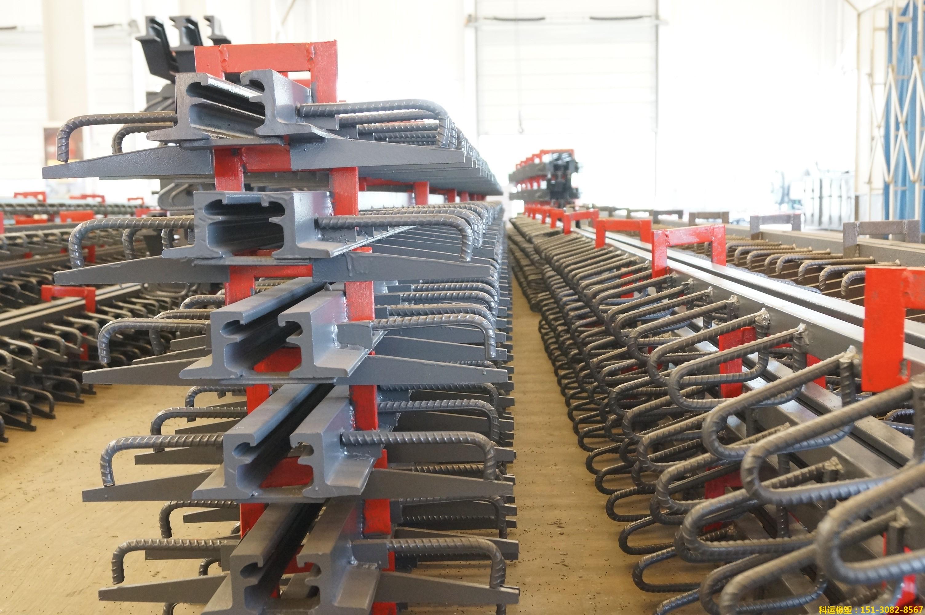国标Q345b热轧一次成型桥梁伸缩缝装置 16Mn桥梁专用1