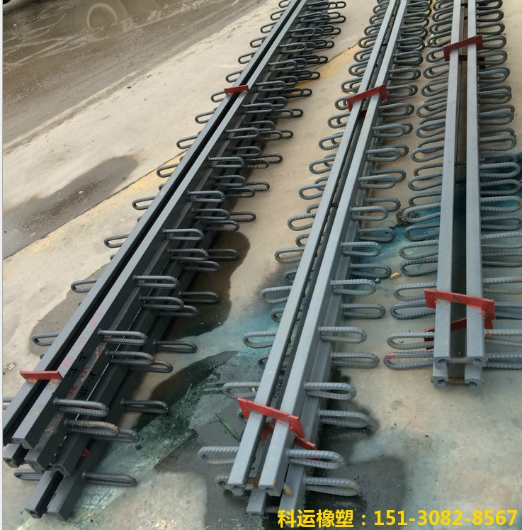 中国科运橡塑路桥伸缩缝装置发货实拍