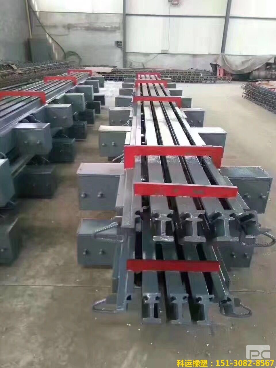 320型模数式桥梁伸缩缝装置图集