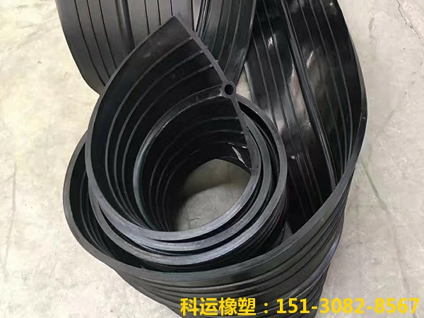 橡胶止水带系列产品-中埋式背贴式钢边橡胶止水带展销1