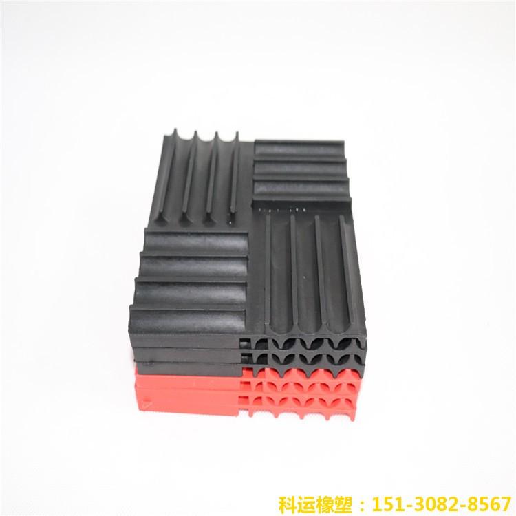 SD型橡胶减震垫 橡胶隔震板 科运机器设备减震垫板7